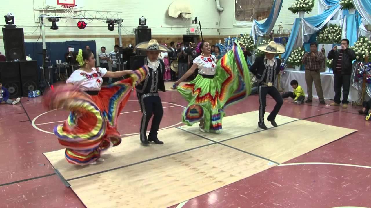 Ballet Folklorico Mexico Azteca  de Minneapolis mn en  san pablo 2014