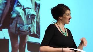 Ženské kruhy napříč generacemi | Blanka Toulová | TEDxPragueWomen