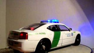 1/18 US Immigration and Customs Enforcement Border Patrol Dodge Charger Police Car W/ Lights