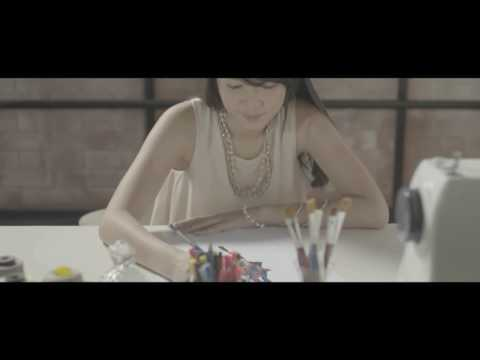 JKT48 ~ Kibouteki Refrain (English Version)
