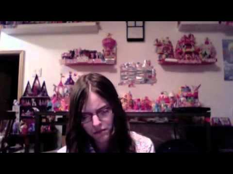 Girly Girly Product Reviews Crystal Empire Rainbowdash Figure