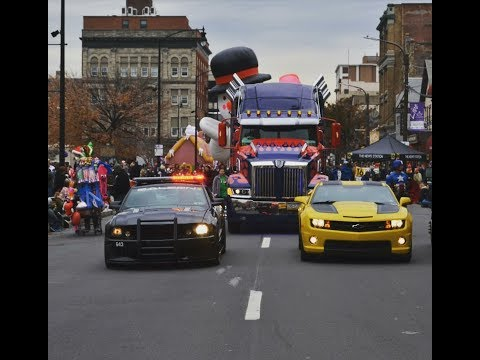 Optimus Prime truck leads as Grand Marshal for 2017 Santa Parade