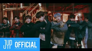 Смотреть клип Stray Kids - Grrr 총량의 법칙 | Performance Video