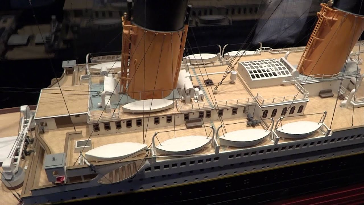 Titanic ship model - YouTube