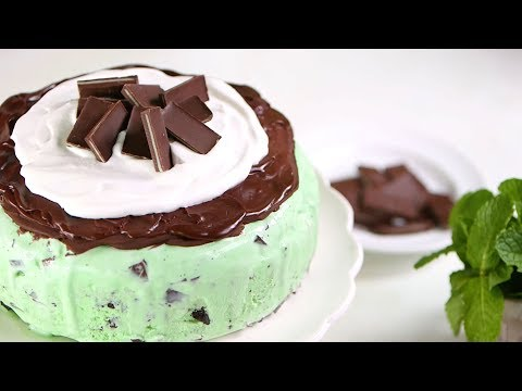 Mint Chocolate Chip Ice-Cream Cake | Southern Living