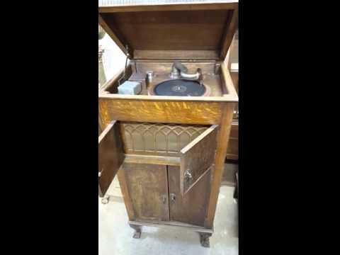 vintage columbia gramophone mechanismde YouTube · Durée:  55 secondes · vues 412 fois · Ajouté le 19.07.2014 · Ajouté par mick richardson