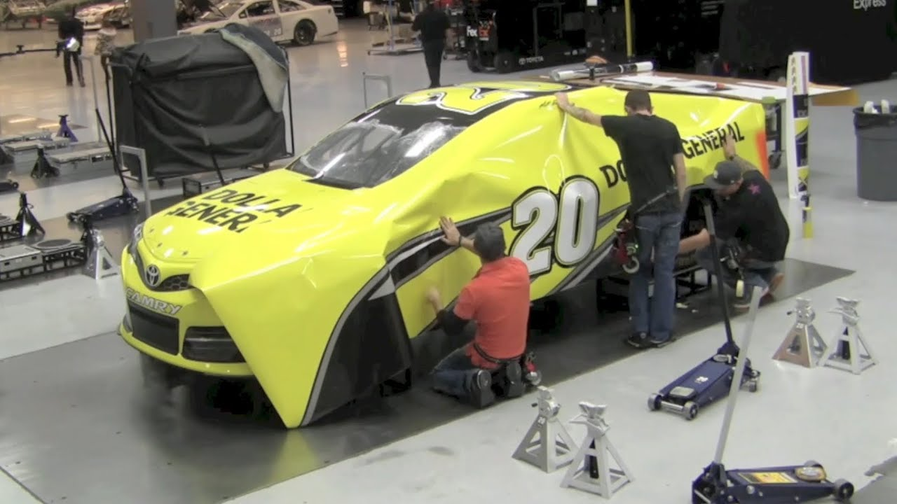 Cars colored yellow - How Nascar Race Cars Get Their Color Matt Kenseth S Dollar General Toyota Camry Wrap Youtube