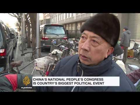China sets new economic growth target at congress