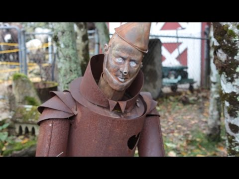 "Land of Oz ""Abandoned"" Theme Park Visit"