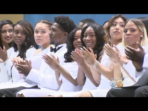 Cristo Rey High School's Entire Senior Class Graduates With Acceptance To 4-Year Schools