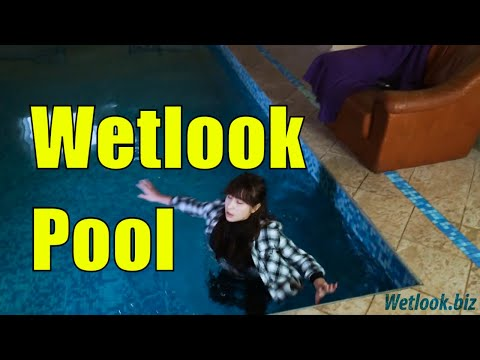 Denise 6 - Hot Wetlook Leggings from YouTube · Duration:  45 seconds