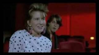 Arizona Dream (Kusturica, 1993) - Cinema sequence