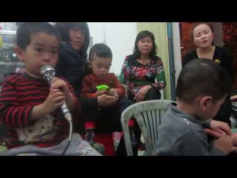 Mẹ yêu không nào - Karaoke Huye Shun