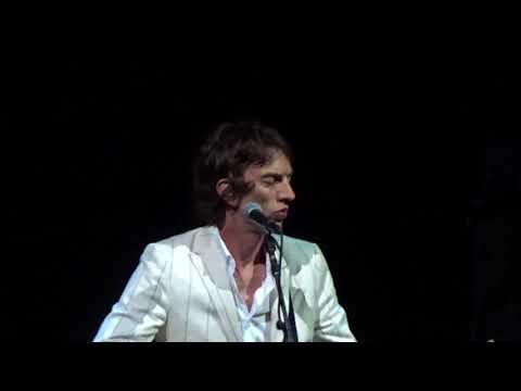 Richard Ashcroft - Bittersweet Symphony (The Verve)- FUNNY intro! - live - Greek Theatre -  -5/11/18