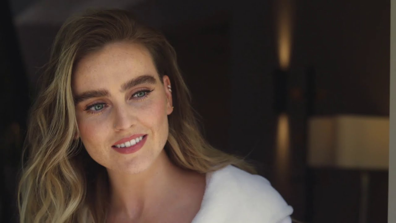 The Delivery Featuring Perrie Edwards Nando S Uk Youtube