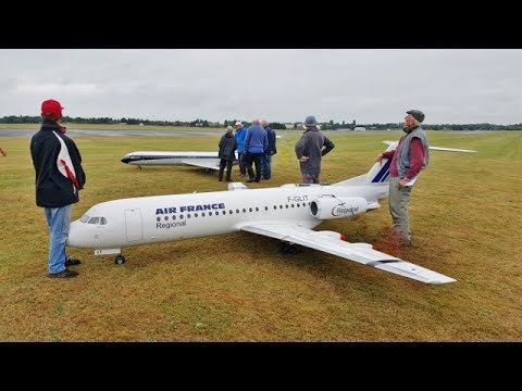 GIANT 1/5 SCALE FOKKER 70 RC AIRLINER DISPLAY BY PAUL BELLINGER AT LMA RAF COSFORD - 2017