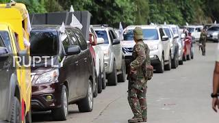 Philippines  Evacuees search for relatives as Marawi remains blockaded