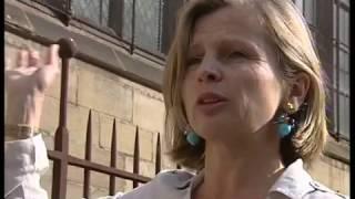 Reportage France 3 sur les Bourbons (musique : Eros Necropsique)