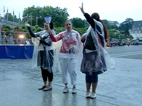 Lichtprocessie Lourdes met Doventolken