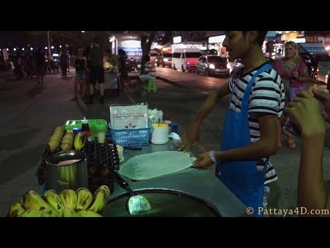 Pattaya 2013 Beach Road Street Food at Night eat different พัทยา 芭堤雅 Паттайя पटाया