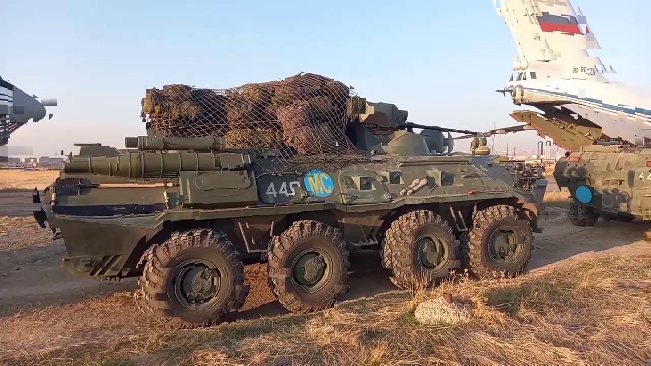 Разгрузка и выдвижение российских миротворцев, прибывших в Нагорный Карабах