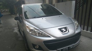 Peugeot 207 1.4 XS Start Up & In Depth Review Indonesia