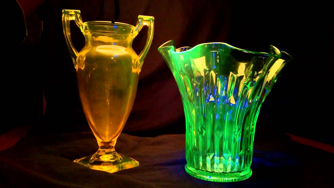 Uranium Vaseline Glass Ultraviolet Blacklite Glow Demonstration Hd Hq 3d Youtube