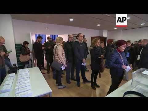 Polls open in central Barcelona and Sant Julia de Ramis