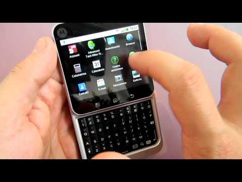 Motorola Flipout Motoblur CellulareMagazine.it Ita