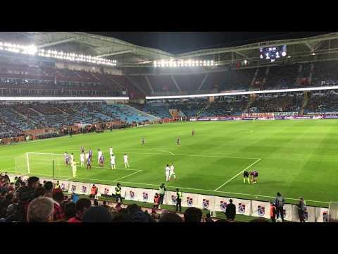 Trabzonspor - Antalyaspor maçında Abdulkadir'in Füzesi ve Ekuban'ın Golü HD