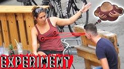 EXPERIMENT: Frauen beim Reden auf die Brüste gucken ! (STREET PRANK)   PvP