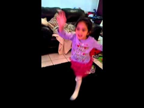 Ponytail song danced by Leah