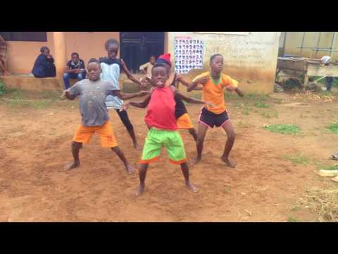 These street kids killed this song | Major Bangz 001 -ft.  Olamide and Phyno