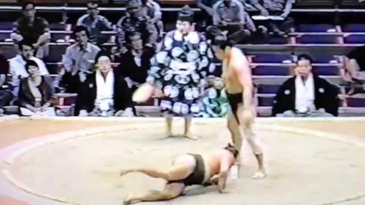 天承山、相撲時代 - YouTube