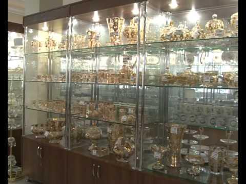 Посуда на все случаи: для повседневной жизни, кафе, баров и ресторанов. У нас можно купить посуду оптом и в розницу, недорого. В каталоге представлена посуда: для приготовления пищи, питьевое стекло, всевозможная керамика, столовая посуда, одноразовая. Сковородки, кастрюли, посуда для свч,
