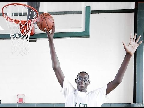 Tallest H S Basketball Player Tacko Fall is 7'5 DAMN ...