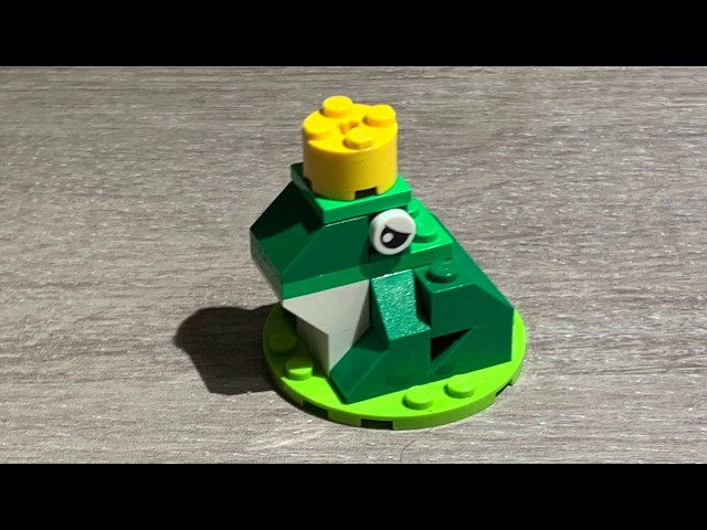 How to build a LEGO frog - Step by Step