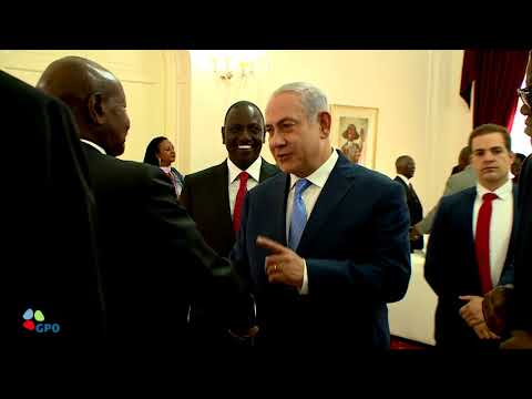 PM Netanyahu at the Presidential Palace in Kenya
