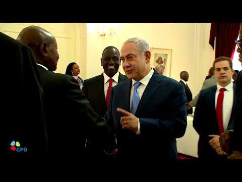 PM Netanyahu at the Presidential Palace in Kenya