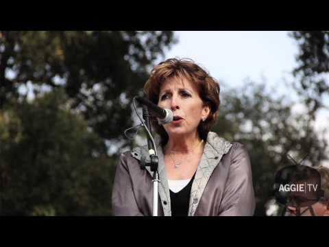 Katehi speaks at UC Davis rally, November 21