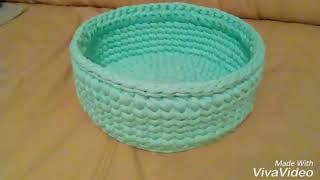 basket of knitted yarn.  Корзина из трикотажной пряжи крючком