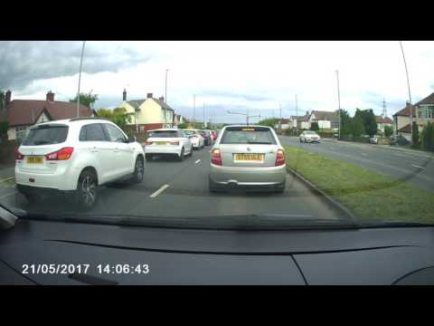 Leeds Bradford Bad Driving UK #12