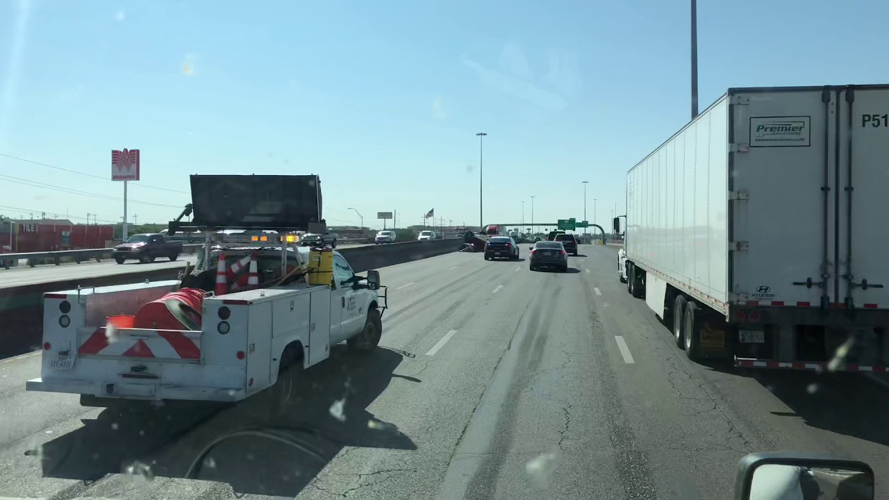 Accident on I-10 west in El Paso TEXAS