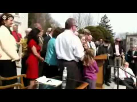 Vermont Governor Peter Shumlin GMO Bill Signing