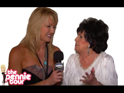 Sit down with Wanda Jackson
