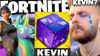 WE MAKE THE FIRST WIN ON FORTNITE WITH THE NEW SKINS FROM KEVIN!