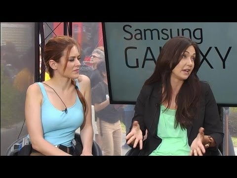 Anna Prosser Robinson and Jessica Chobot visit the Live Stage