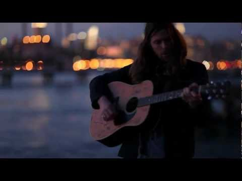 Matt Mays - Chase The Light (Live Acoustic)