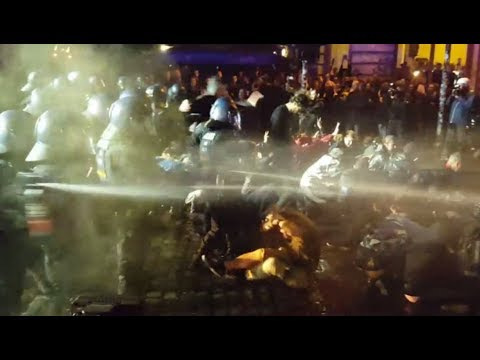 Hamburg G20 - Extreme Police Brutality Compilation