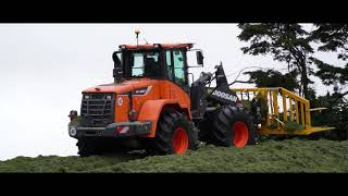 Doosan's DL280-5 'Agri' loader being put through its paces